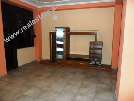 Apartment for rent Mujo Ulqinaku Street in Tirana. The apartment is positioned on the 2nd floor of a