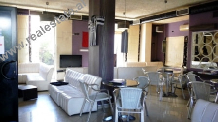 Business space for sale in Tirana. The space is positioned on the 2nd floor of a an building, with 1