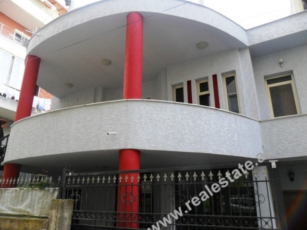 Two storey villa for rent in Tirana. The 250 m2 of living space are organized in 2 floors, where eac