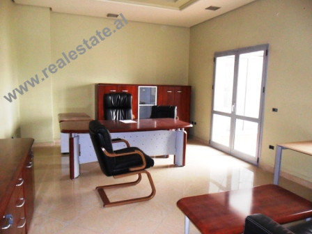 Office store for rent in Tirana. The space are situated on the 2nd floor of a new complex building.