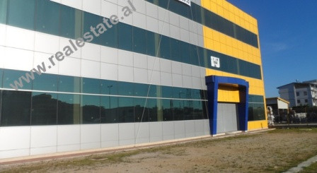 Warehouse for rent close to City Park in Tirana.