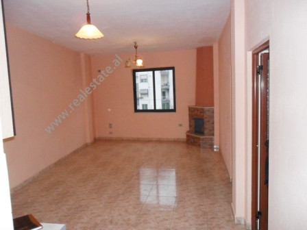 Two bedroom apartment for rent in Hoxha Tahsim Street in Tirana. Positioned on the 3-rd floor of a 3