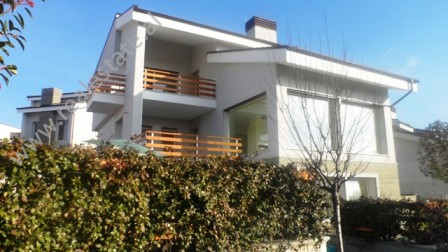 Three storey villa for rent near TEG in Tirana. The villa is located in one of the most modern compo