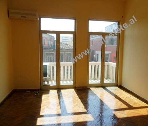 Five bedroom apartment for office for rent in Durresi Street in Tirana.