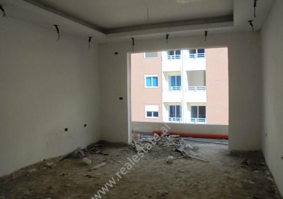Apartament per shitje ne rrugen Aleksandri I Madh ne Tirane.Pozicionohet ne katin e 6-te te nj