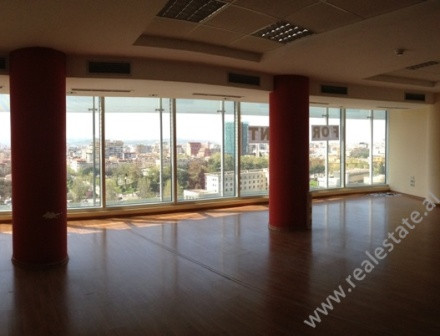 Office for rent at the beginning of Papa Gjon Pali II Street in Tirana.