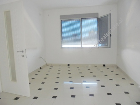 Office for rent in Dibra Street in Tirana.