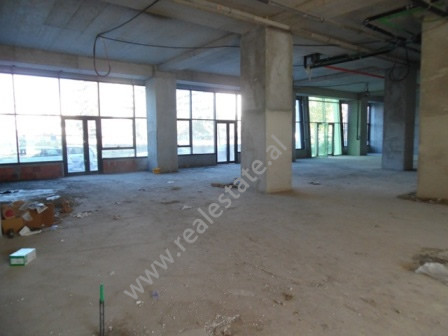 Store for rent in Dervish Hima Street in Tirana, Albania