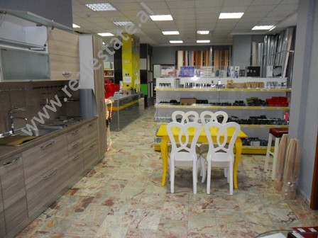 Store for rent in Kongresi i Tiranes Street in Tirana.