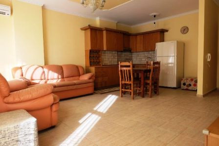 Apartment for rent close to Tirana City center, Zogu I Boulevard. It is situated on the third floor