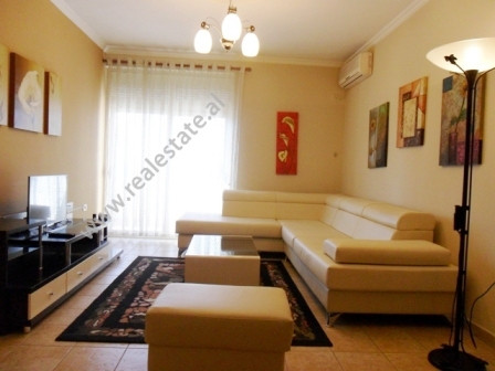 One bedroom apartment for rent in Konstandin Kristoforidhi Street in Tirana.