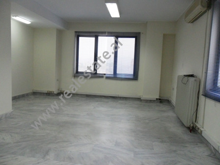 Office for rent in Kavaja Street in Tirana.