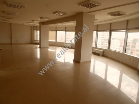 Office space for rent in Dibra Street in Tirana.