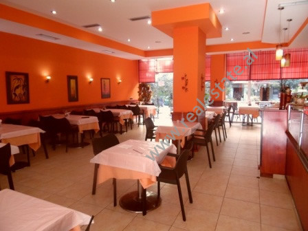 Bar-Restaurant for rent in rrugen Skender Luarasi ne Tirane. The bar is situated on the ground floo
