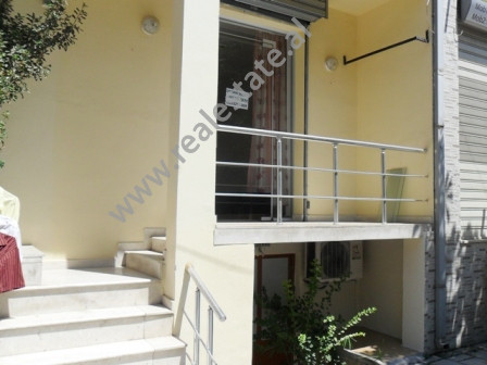 Store for rent in Barrikadave Street in Tirana.
