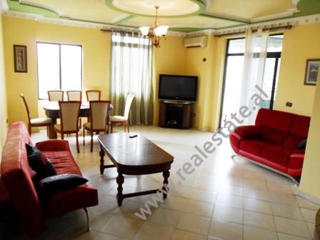 Apartament 2 + 1 per shitje ne bulevardin Gjergj Fishta ne Tirane. Ndodhet ne katin e 10-te ne nje