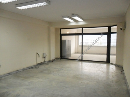 Office for rent at the beginning of Kavaja Street in Tirana.