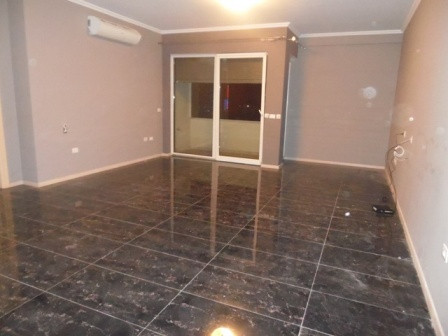 Apartment for office for rent close to Kavaja street in Tirana.  The apartment is situated on 6th