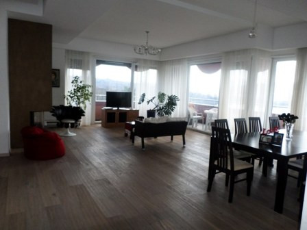 Four bedroom apartment for rent in Liqeni Artificial area in Tirana.