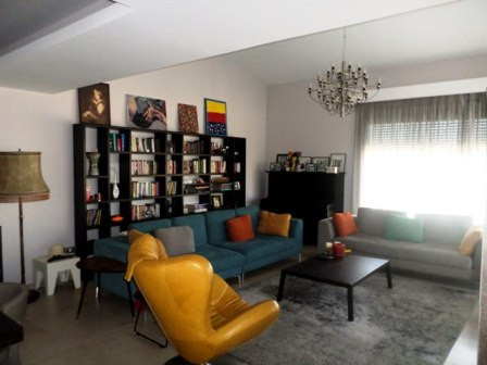 Three storey villa for rent in one of the best villa's compound in Tirana, in Long Hill Residence.