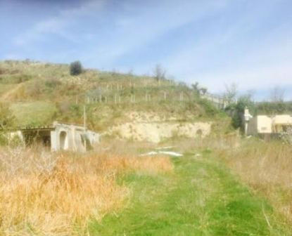 Land for sale in Spitalle Durres.  The land area together with two old buildings is 748 m2.  Bot