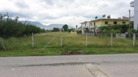 Toke per shitje afer Qtu-se, ne autostraden Tirane-Durres. Toka ka nje siperfaqe prej 6000 m2. Esh