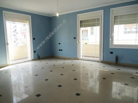 Office for rent close to Pazari Ri area in Tirana.  It is situated on the 3-nd floor of a 5-storey