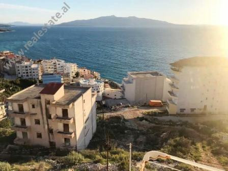 Apartment for sale close to Skenderbeu Street in Saranda. It is situated on the 6-rd floor of a new
