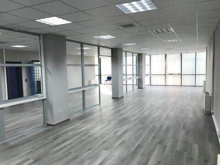 Zyre me qera prane qendres tregtare Toptani ne Tirane. Zyra ndodhet ne katin e gjashte te nje ndert