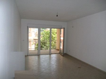 Apartment for sale at the beginning of Elbasani Street in Tirana, very close to the city center.