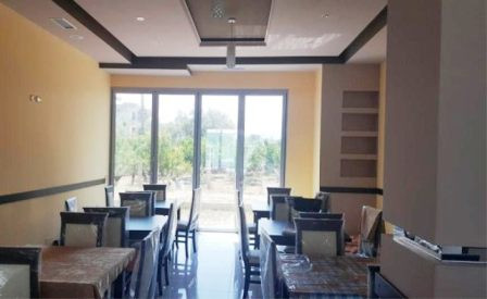 Bar-coffe for sale in Radhima area in Vlora city. The bar coffee has an inner space of 100 m