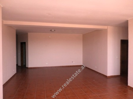 Three bedroom apartment close to Sabaudin Grabani school in Muhamet Gjollesha street. The flat is s
