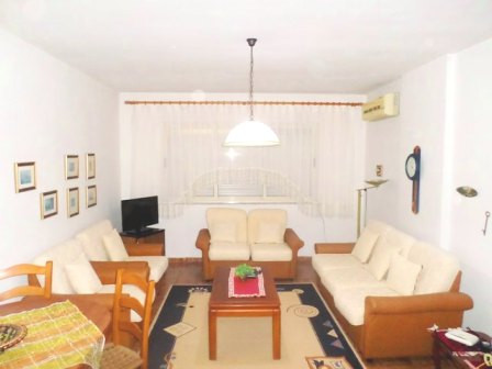 One bedroom apartment for rent in Ymer Kurti street close to Sheshi Wilson in Tirana.