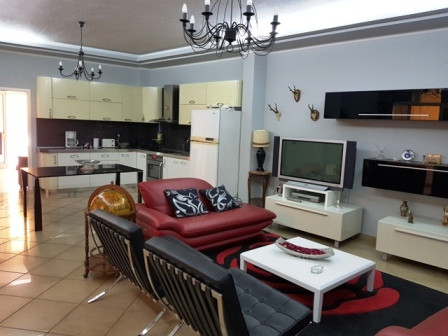 Three bedroom apartment for rent close to Zogu I I Boulevard, in Spiro Dedja Street in Tirana.