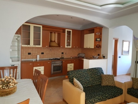 Apartment for rent close to the Zogu I Boulevard and the center of Tirana.