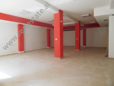 Office for rent close to Elbasani Street in Tirana. It is situated on the 1-st floor of a 3-storey