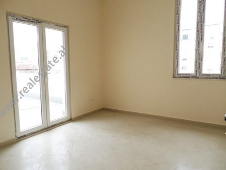 Office for rent in Fortuzi Street in Tirana
