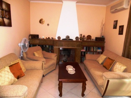 Apartment for rent close to Bllok area in Tirana. It is located in Perlat Rexhepi street, next to t