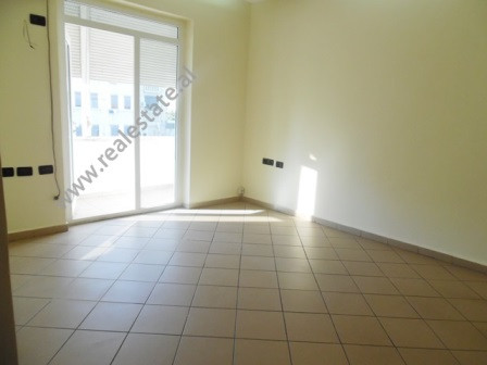 Office for rent close to Ministry of Justice in Tirana