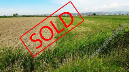 Land for sale in Peza Street close to Çerme area. It offers an area of 8.940m2 divided in 2