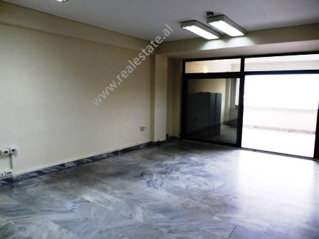 Office spaces for rent close to the Center of Tirana. The office spaces are situated on the seventh
