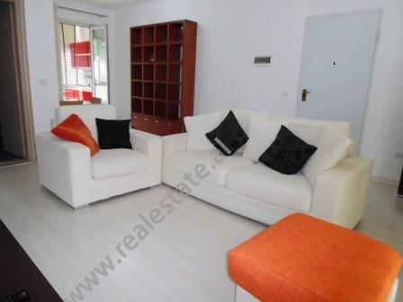 Apartament 2 + 1 per shitje ne rrugen Eduard Mano ne Tirane. Apartamenti ndodhet ne katin e trete t