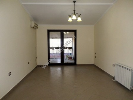Office space for rent close to Ish Ekspozita area in Tirana.