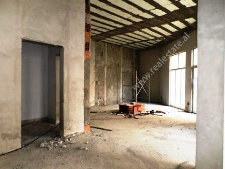 Store for sale close to Liqeni i Thate in Tirana.