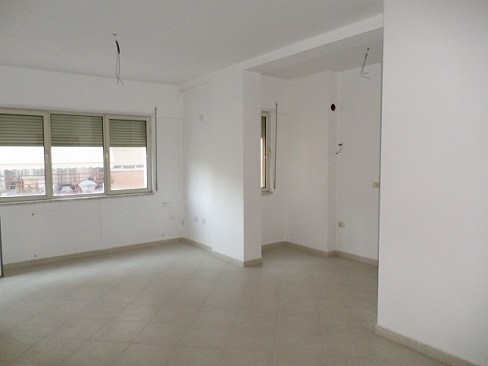 Apartment for sale close to Liqeni i Thate area in Tirana.