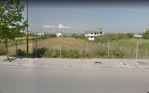 Land for sale in Blue Boulevard in Kamez. The land is located in the first line of the boulevard al