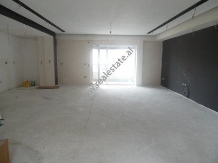 Apartmne for sale in a new compound in Lunder area in Tirana.