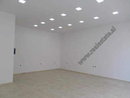 Store for rent in Frosina Plaku street in Tirana.