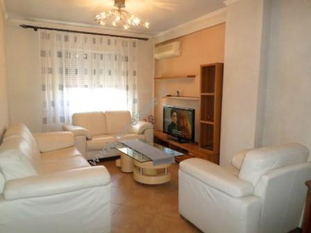Apartament 2+1 per qera ne rrugen Hamid Shijaku prane Fakultetit te Shkencave ne Tirane. Apartament