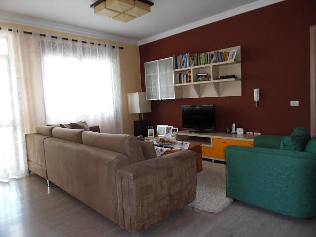 Apartament 3+1 per shitje prane Rezidences Kodra e Diellit, ne rrugen Rrapo Hekali, ne Tirane. Ndod